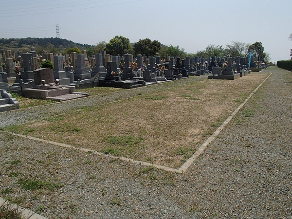 鵯越墓園もくせい3㎡.JPG