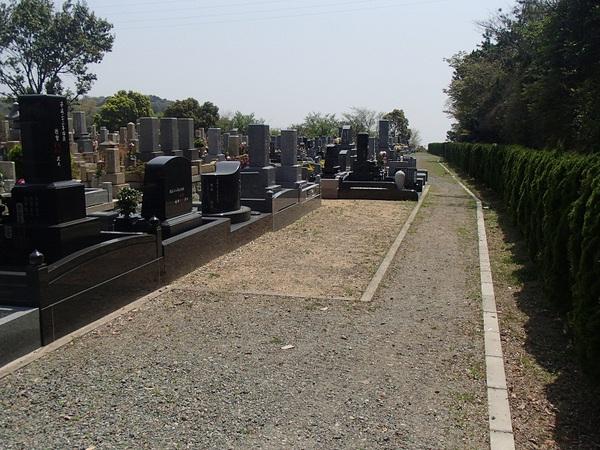 鵯越墓園もくせい4㎡.JPG